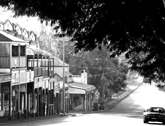 bangalowtown2-blackwhite